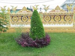 у храма, Таиланд